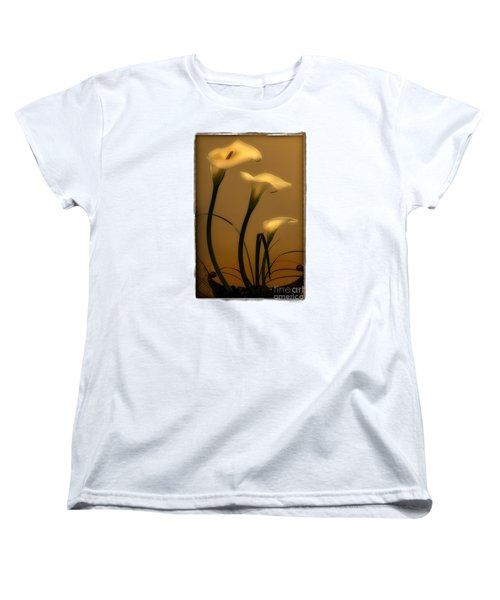 Three Lilies Women's T-Shirt (Standard Cut)