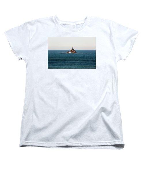 Tillamook Rock Lighthouse On A Calm Day Women's T-Shirt (Standard Fit)