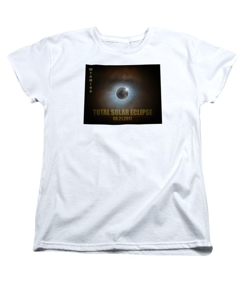 Total Solar Eclipse In Wyoming Map Outline Women's T-Shirt (Standard Fit)