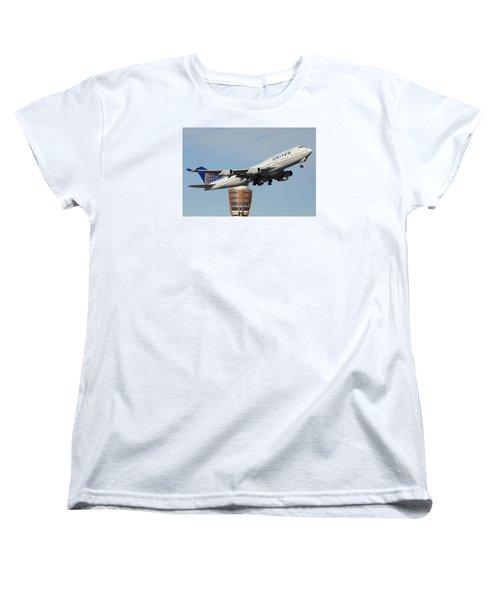 United Boeing 747-422 N128ua Phoenix Sky Harbor January 2 2015 Women's T-Shirt (Standard Cut)