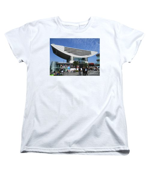 Women's T-Shirt (Standard Cut) featuring the photograph Victoria Peak 3 by Randall Weidner