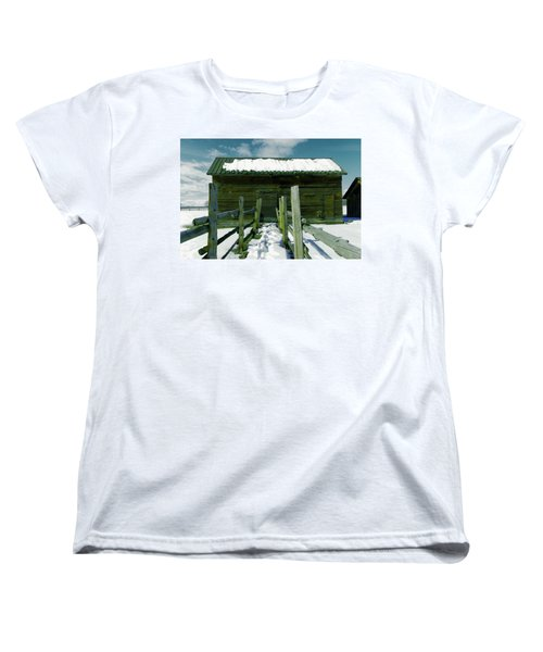 Women's T-Shirt (Standard Cut) featuring the photograph Walkway To An Old Barn by Jeff Swan