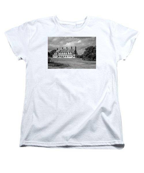 Women's T-Shirt (Standard Cut) featuring the photograph Whalehead Club by David Sutton