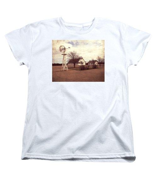Women's T-Shirt (Standard Cut) featuring the photograph Windmill At Cooper Barn by Julie Hamilton