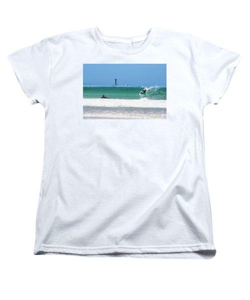 Women's T-Shirt (Standard Cut) featuring the photograph Wonderwall by Terri Waters
