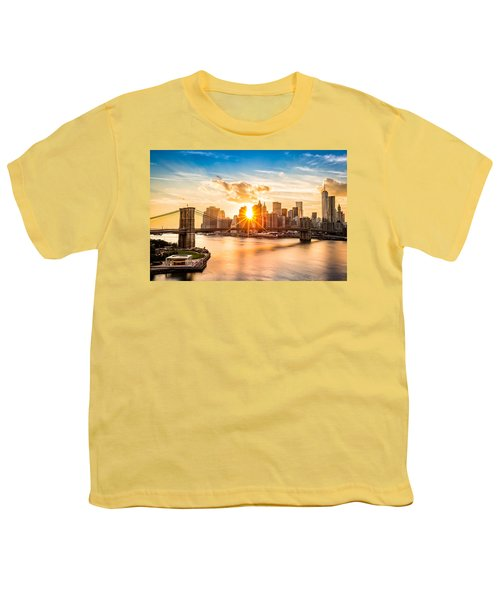 Brooklyn Bridge And The Lower Manhattan Skyline At Sunset Youth T-Shirt