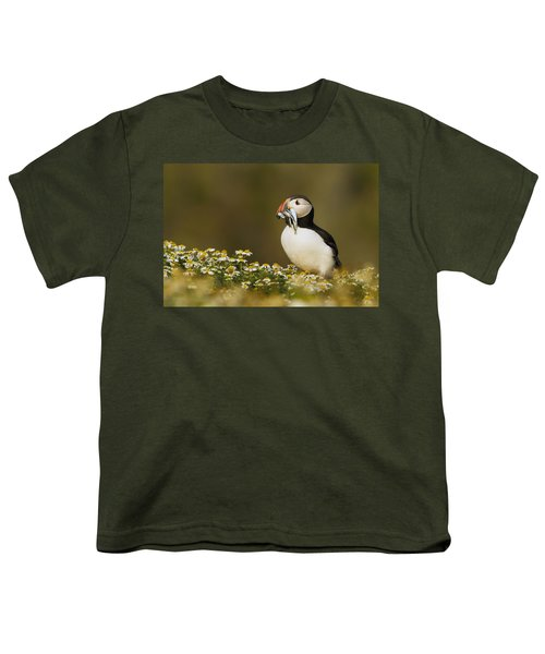 Atlantic Puffin Carrying Fish Skomer Youth T-Shirt by Sebastian Kennerknecht