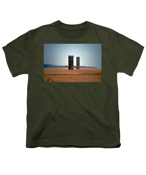 Fct5 And Fct6 Fire Control Towers On The Beach Youth T-Shirt
