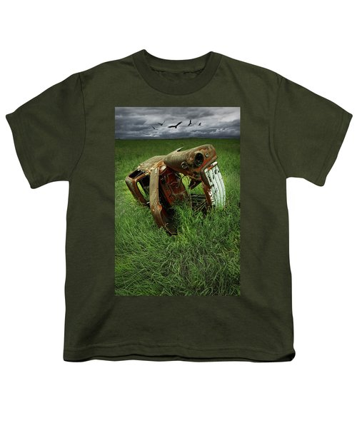 Steel Auto Carcass With Vultures Youth T-Shirt