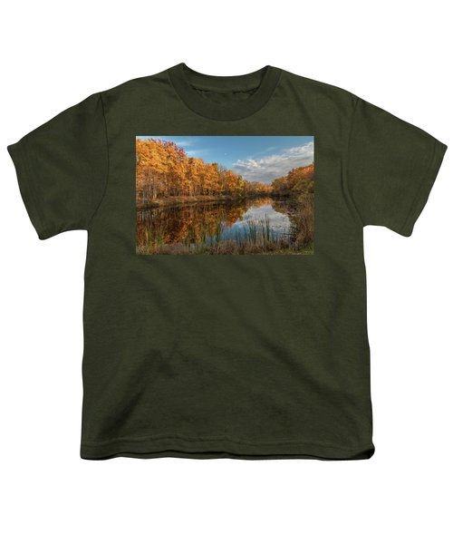 Beyer's Pond In Autumn Youth T-Shirt