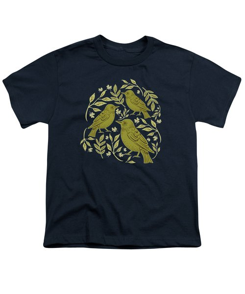 Little Wrens Hiding In The Hedgerow Youth T-Shirt