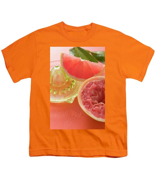 Pink Grapefruit Wedge, Squeezed Grapefruit, Citrus Squeezer Youth T-Shirt