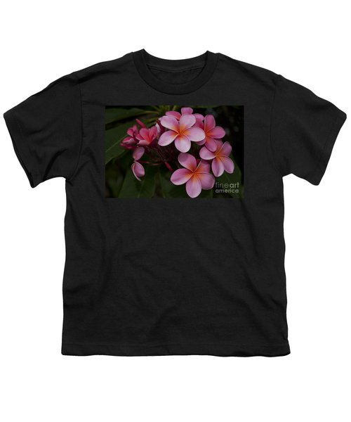 Na Lei Pua Melia O Wailua - Pink Tropical Plumeria Hawaii Youth T-Shirt
