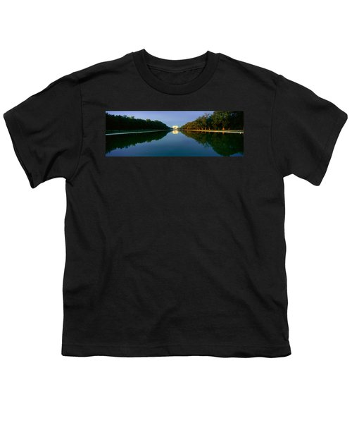 The Lincoln Memorial At Sunrise Youth T-Shirt by Panoramic Images
