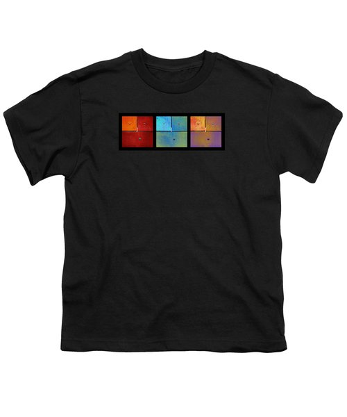 Triptych Red Cyan Purple - Colorful Rust Youth T-Shirt