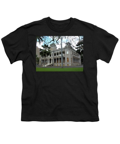 Youth T-Shirt featuring the photograph Iolani Palace, Honolulu, Hawaii by Mark Czerniec