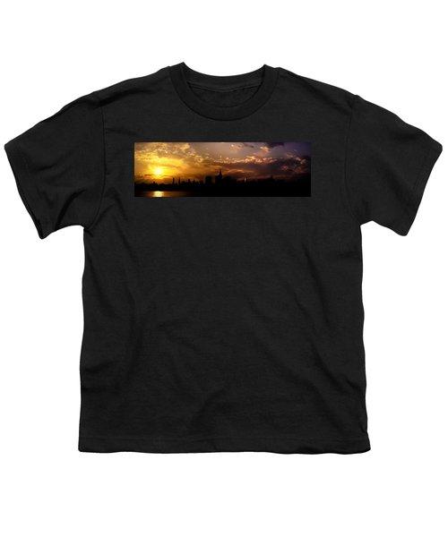 New York City Skyline At Sunset Panorama Youth T-Shirt