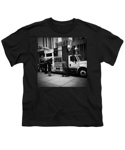 Pizza Oven Truck - Chicago - Monochrome Youth T-Shirt by Frank J Casella
