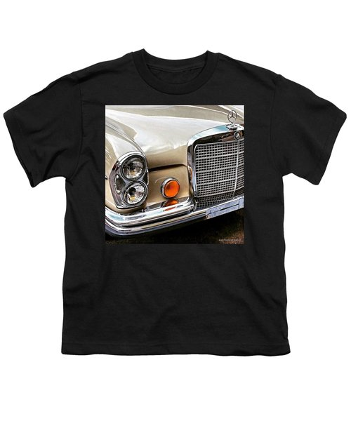 #vintage #car Corner Peek-a-boo Youth T-Shirt