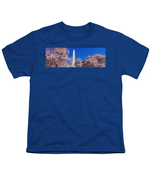 Cherry Blossoms Washington Monument Youth T-Shirt by Panoramic Images