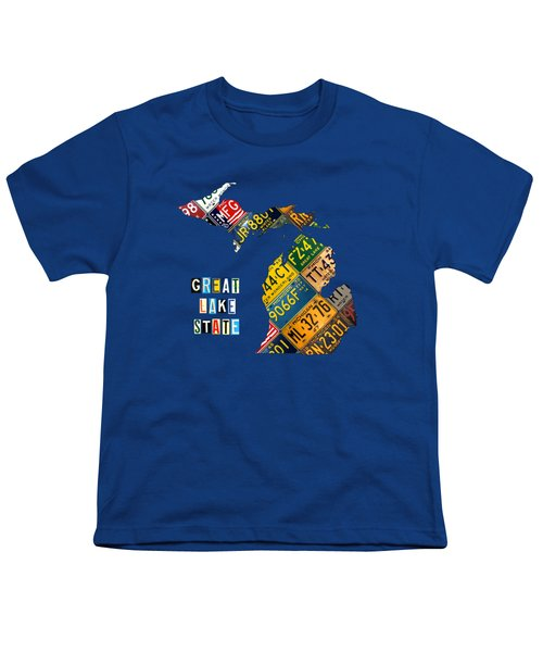Michigan License Plate Map Great Lake State With Vintage Blue Plate Background Edition Youth T-Shirt