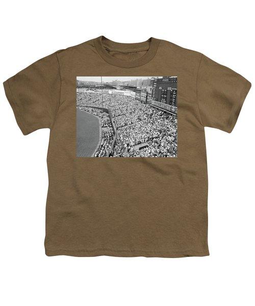1940s 1950s Large Crowd Yankee Stadium Youth T-Shirt