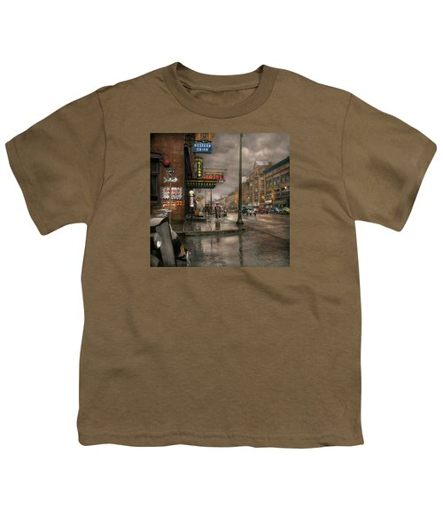 City - Amsterdam Ny -  Call 666 For Taxi 1941 Youth T-Shirt