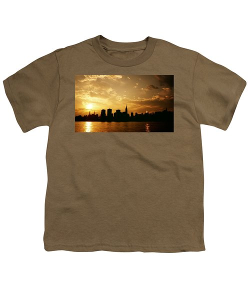 Two Suns - The New York City Skyline In Silhouette At Sunset Youth T-Shirt