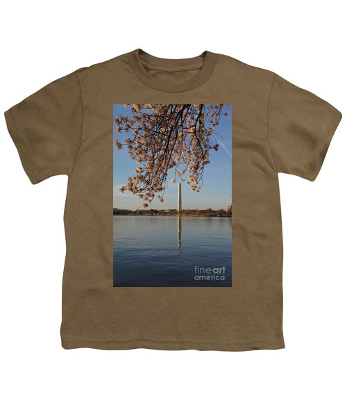 Washington Monument With Cherry Blossoms Youth T-Shirt by Megan Cohen