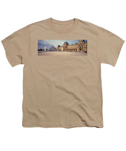 Tourists Near A Pyramid, Louvre Youth T-Shirt
