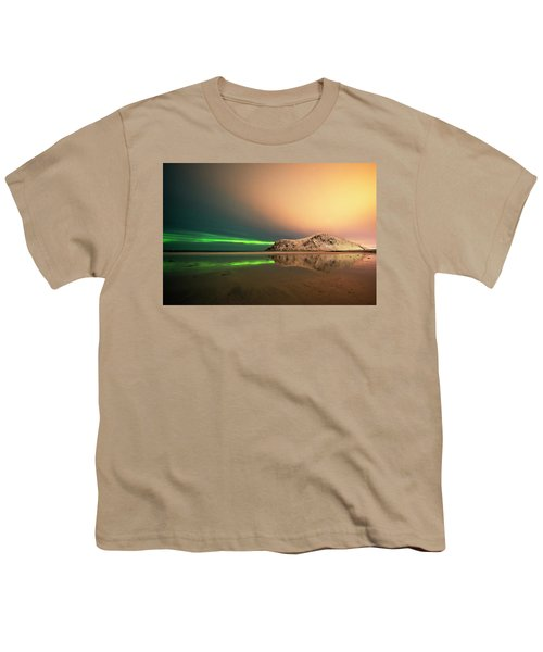 Northern Light In Lofoten Nordland 5 Youth T-Shirt by Dubi Roman