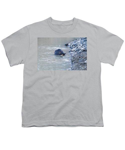 Beaver Chews On Stick Youth T-Shirt