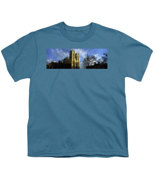 Low Angle View Of An Abbey, Westminster Youth T-Shirt by Panoramic Images
