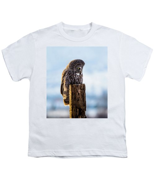 Eye On The Prize - Great Gray Owl Youth T-Shirt