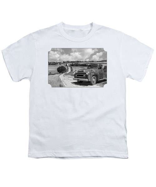 Down On The Farm- International Harvester In Black And White Youth T-Shirt