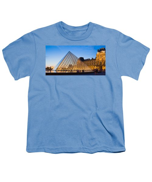 Pyramid In Front Of A Museum, Louvre Youth T-Shirt