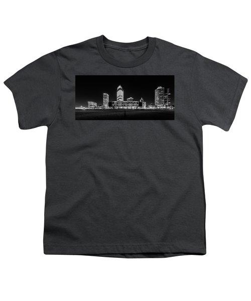 Youth T-Shirt featuring the photograph Milwaukee County War Memorial Center by Randy Scherkenbach