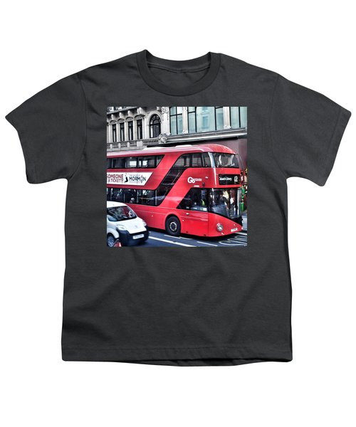 Red Bus In London  Youth T-Shirt