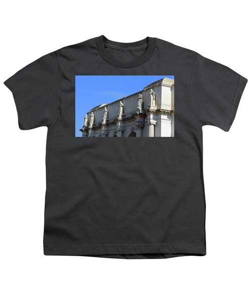 Hey Is That Joe Biden One Statue Said To Another At Union Station Youth T-Shirt