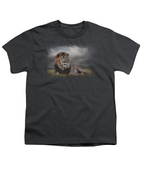 Lion Waiting For The Storm Youth T-Shirt