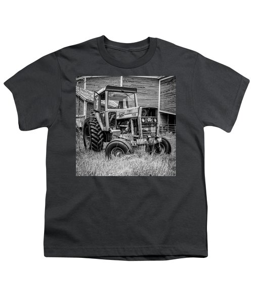 Old Vintage Tractor On A Farm In New Hampshire Square Youth T-Shirt
