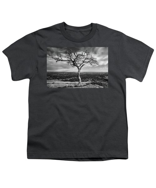 Tree On Enchanted Rock In Black And White Youth T-Shirt