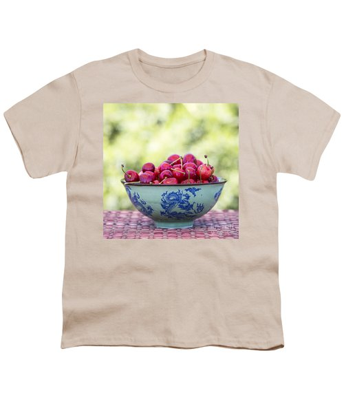 Youth T-Shirt featuring the photograph Delicious by Linda Lees