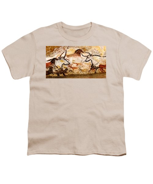 Lascaux Hall Of The Bulls - Deer And Aurochs Youth T-Shirt