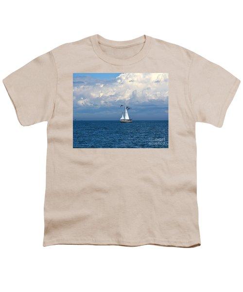 Razorbill Escort Youth T-Shirt