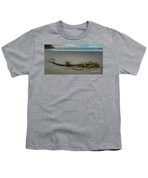Beach Bull Kelp Laying Solo Youth T-Shirt