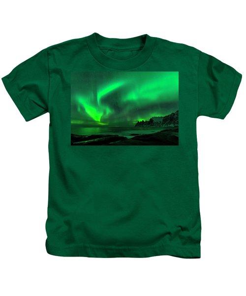 Green Skies At Night Kids T-Shirt