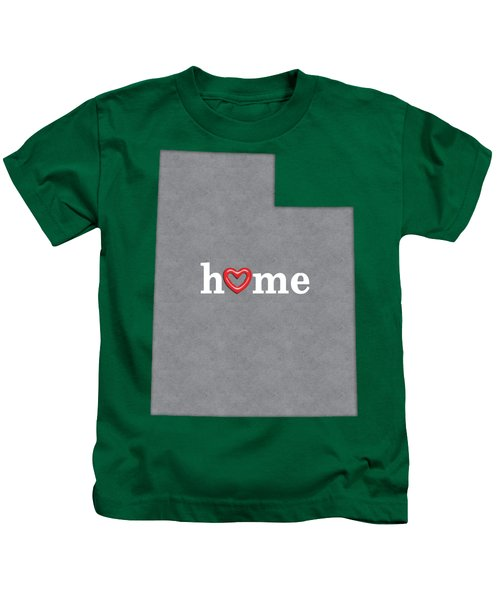State Map Outline Utah With Heart In Home Kids T-Shirt