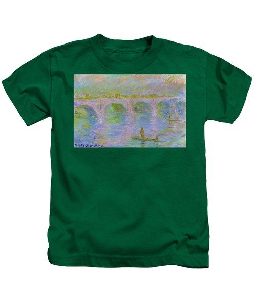 Waterloo Bridge In London - Digital Remastered Edition Kids T-Shirt