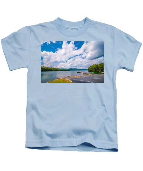 Scenery Around Lake Jocasse Gorge Kids T-Shirt